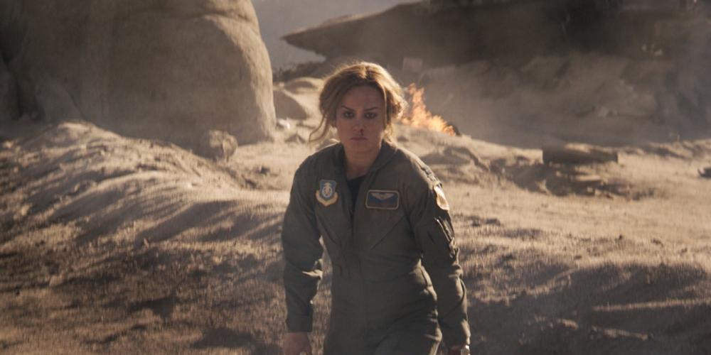 Brie-Larson-as-Carol-Danvers-crash-in-Captain-Marvel.jpg